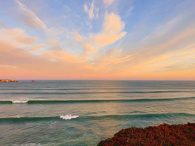 Good morning! Bom dia! Moin, moin! It took us a while but now we are happy and proud to tell everybody: in April 2019 the new SoulSurfcamp Portugal will open for another great season with awesome guests, nice waves and sunny days with pure joy and fun at the stunning Silver Coast of Portugal!In the next days we will show you more!Stay tuned!If you want to see more great pics you should visit our pofile at facebook.com/soulsurfcamp and our blog at soulsurfcamps.com.....#soulsurfcamp
